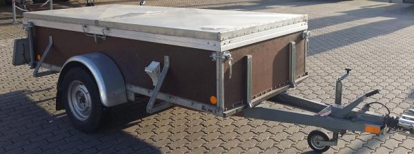 Transportanhänger mit Deckel Nr. 06